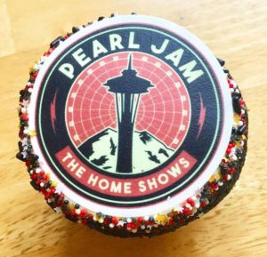 Pearl Jam cupcake from The Home Shows in Seattle 2018. Photo by Jane Jaqué.