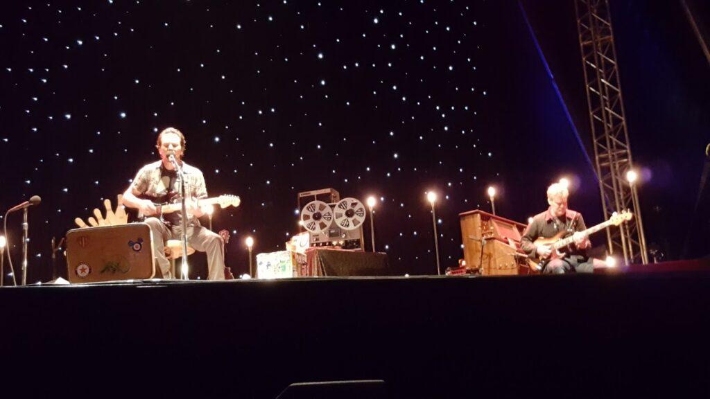 Eddie Vedder with Glen Hansard.
